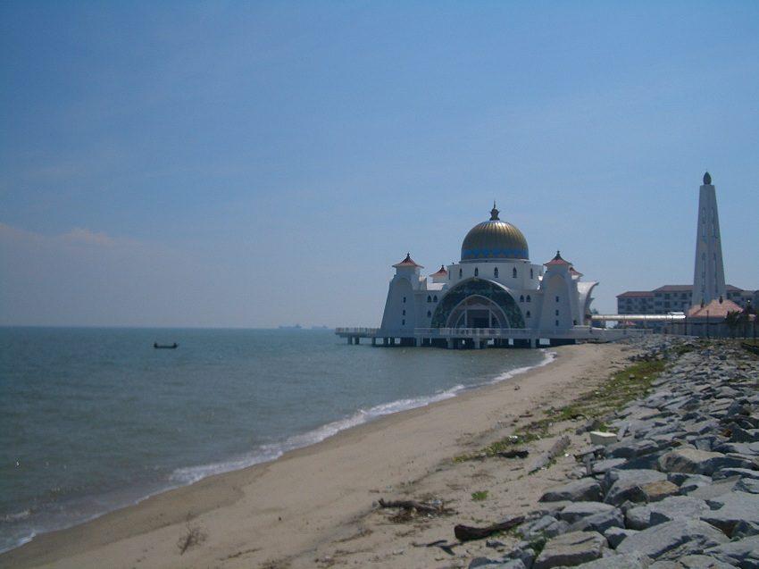 melaka-beach-images