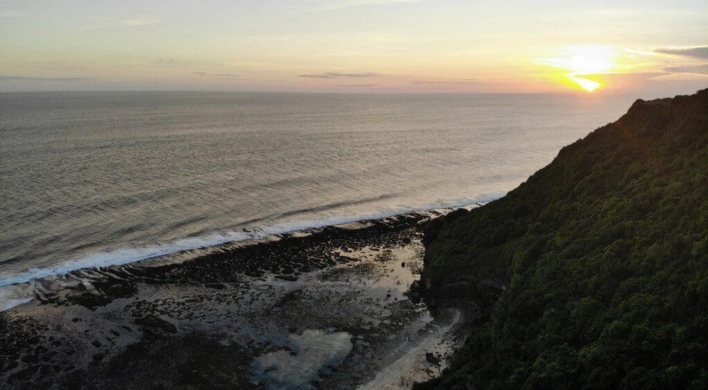 gambar pantai nyang nyang