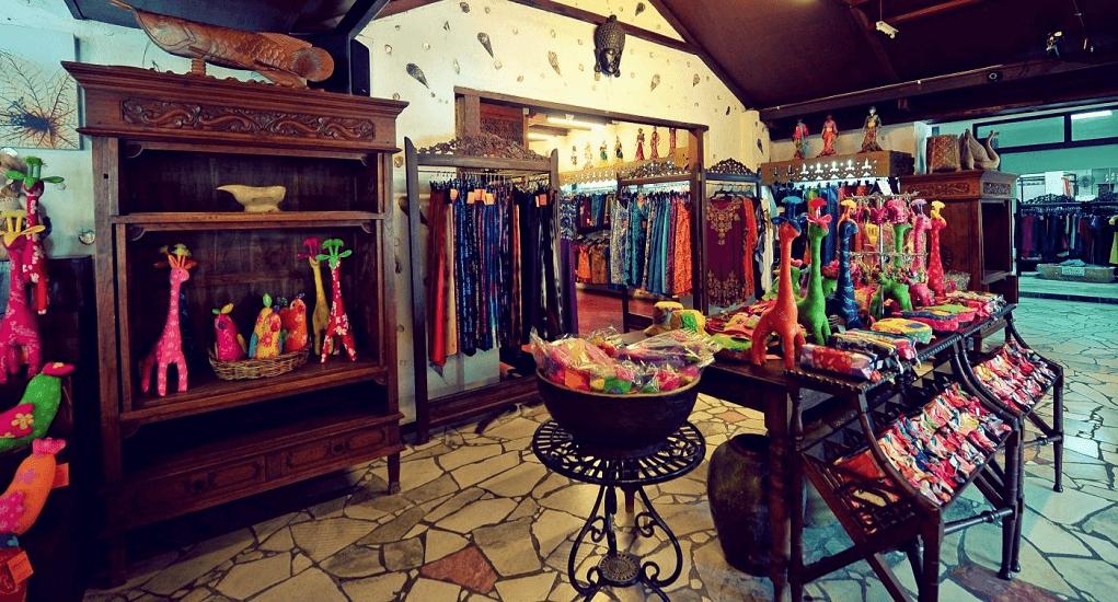 shopping in Langkawi - Atma Alam Batik Village