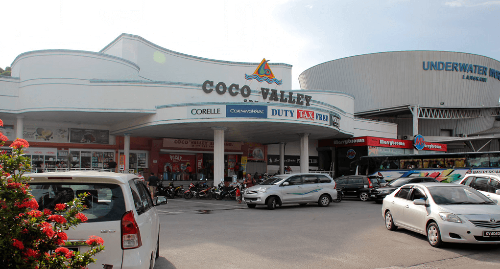 shopping in Langkawi - Coco Valley