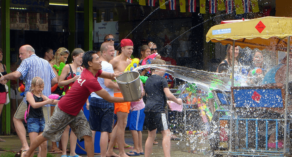 songkran - Water Fights Everywhere