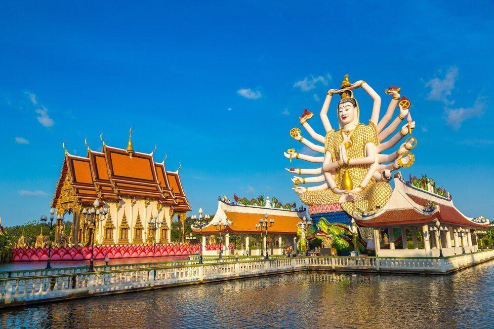 famous statues in wat plai laem temple